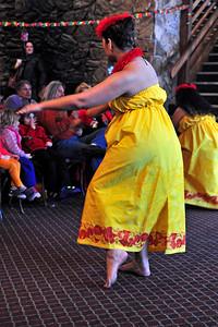 polynesian-dancing-018