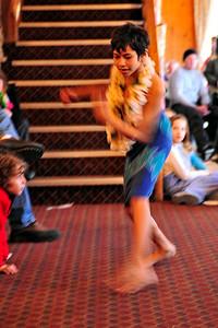 polynesian-dancing-024