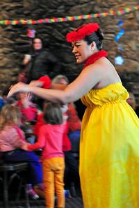 polynesian-dancing-021