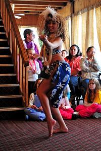 polynesian-dancing-004