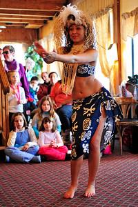 polynesian-dancing-006