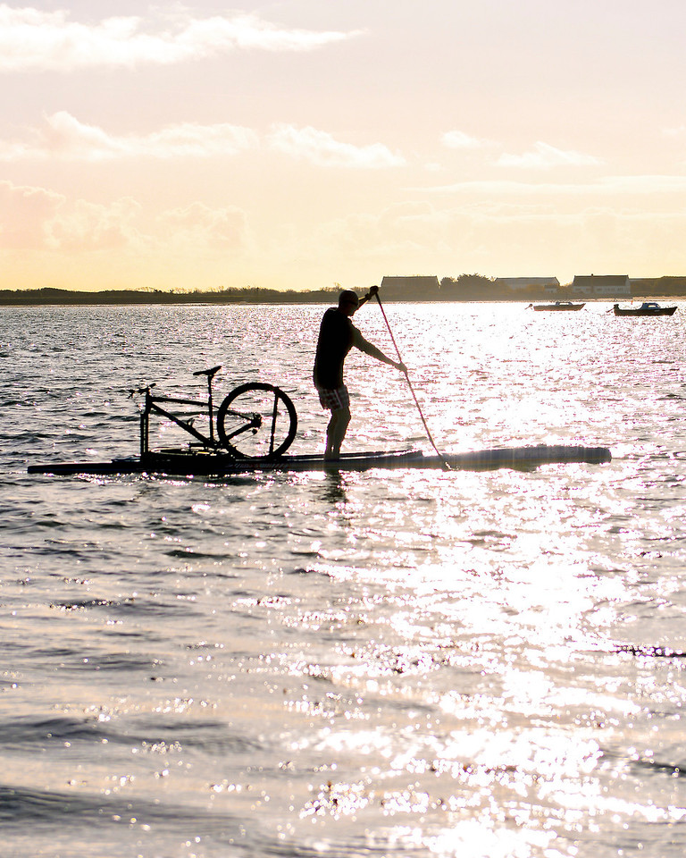 Stand Up Paddling with your bike