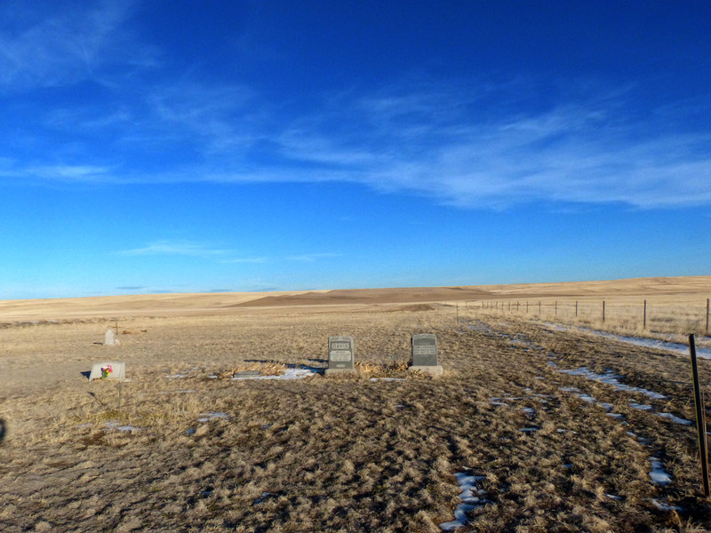 There was even a cache here in this tiny isolated cemetary, part of the Colorado Spirit Quest series.
