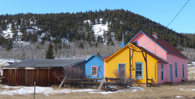 The state is named Colorful Colorado, they like their houses colorful in Como, eh?!