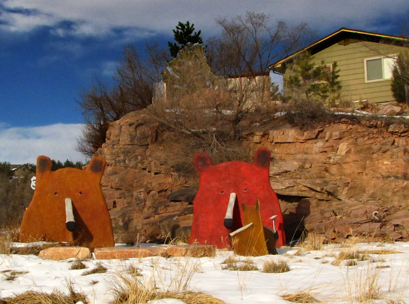 Lyons Colorado - Whimsical bear sculptures by Sally White King.