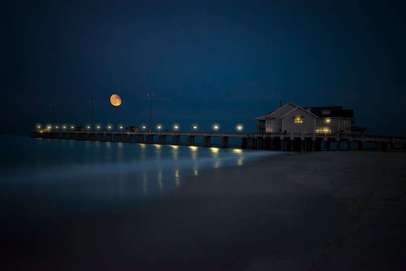 Evening moon over Jennettes Pier