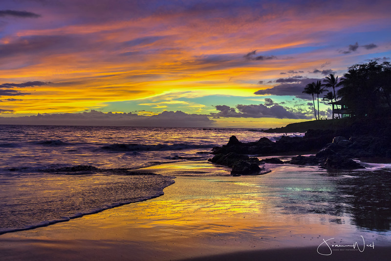 I was taken to this special spot by my Maui photographer friend - she calls it secret beach so I can't tell you exactly where it is.  This evening the spirit of the skies gave us a spectacular show and I captured it in HDR.