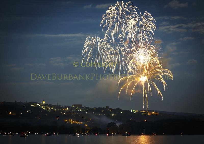 fireworks-over-cornell-03
