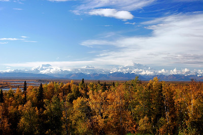 The Alaska Range above the Talkeetna autumn.