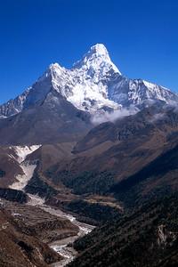 Ama Dablam, Khumbu Region, Nepal Himalaya.
