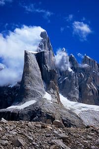 Cerro Torre looms behind El Mocho.