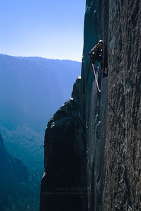 The Molar Traverse pitch on Mescalito, El Capitan, Yosemite National Park.