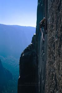 The Molar Traverse pitch on Mescalito, El Capitan, Yosemite National Park.