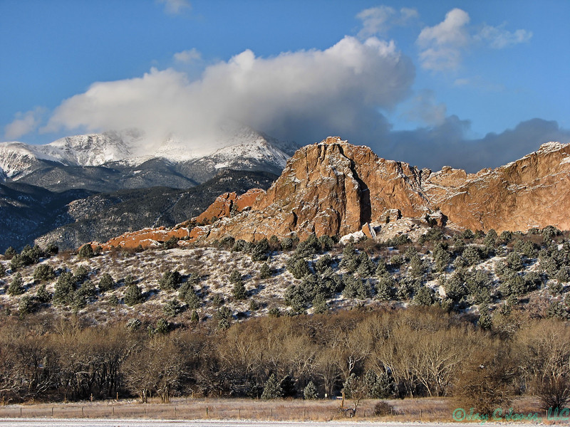 Garden of the Gods Park with Pike's Peak in background, Manitou Springs, Colorado