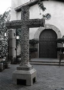 S153-2-11c Cross at Tlaquepaque MERGE