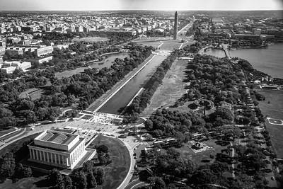 Lincoln Memorial and Washington Monument on National Mall, Washington, DC