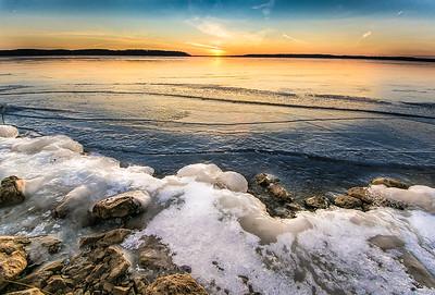 Clinton Lake winter shore #2