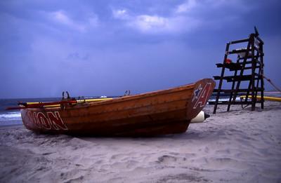 avon life boat