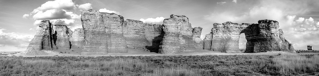 Four image Panoramic Monument Rocks B/W