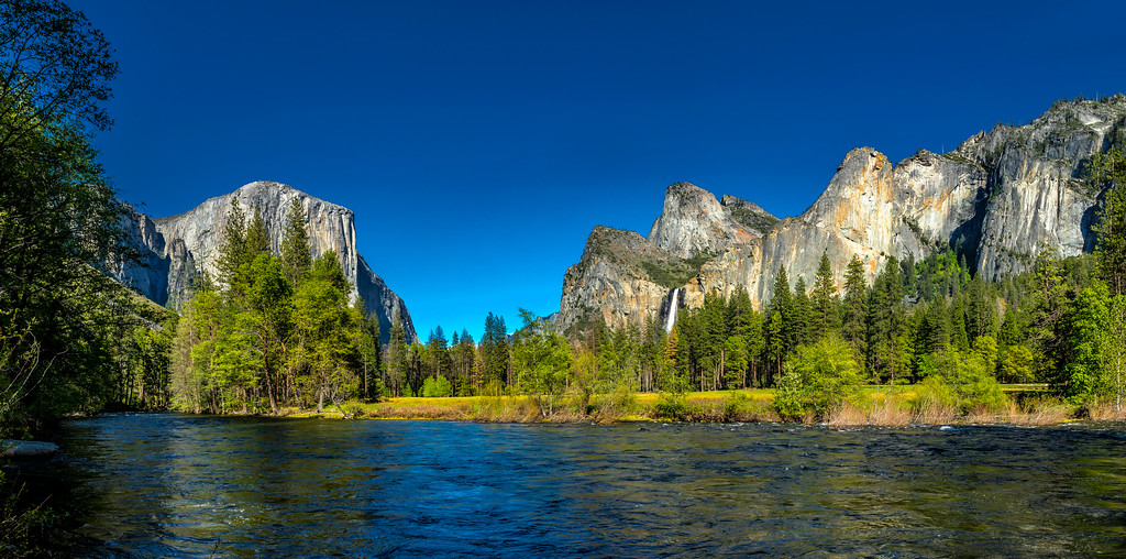 "Yosemite "" Mountain Magic"""