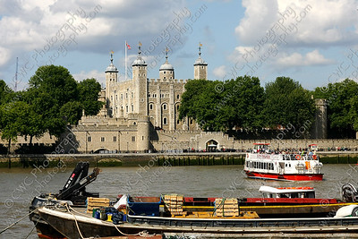 NEW! 2016-Tower of London and Thames River (8x12)