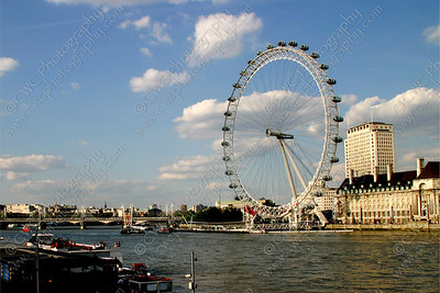 2280-The London Eye along the Thames River in London (8x12)