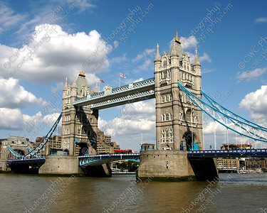 NEW! 2026-Tower Bridge in London, England (8x10)
