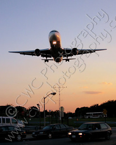 4010-Low flying jet airplane about to land (8x10)