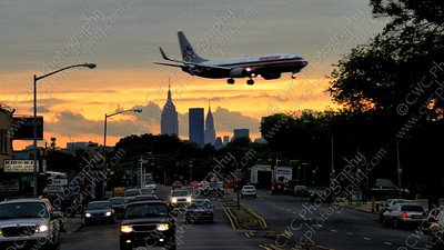 4100-Plane landing at LaGuardia airport in Queens NYC
