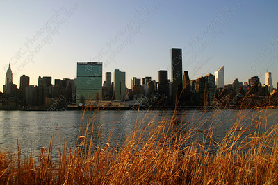 3020-Manhattan skyline from the Queens shore (8x12)