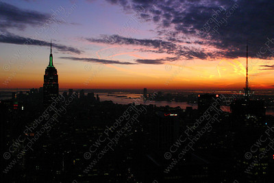 3090-A purple sunset over New York City (8x12)