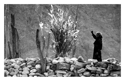 Offering. Shigatse, Tibet (edition 1/25)