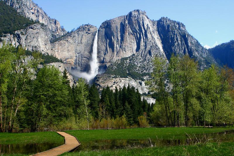 Upper_Yosemite_Falls_IMG_6193