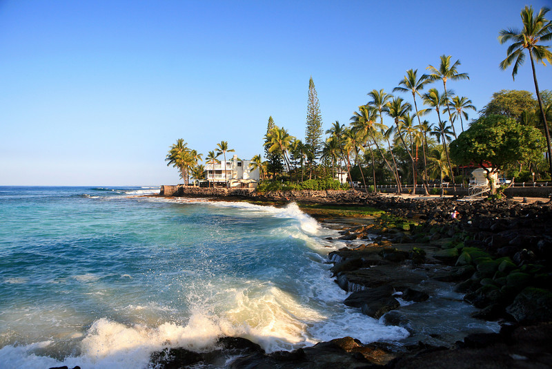 Kona_Hawaii_Waves_LaAloa_Beach_Waves_House_013111