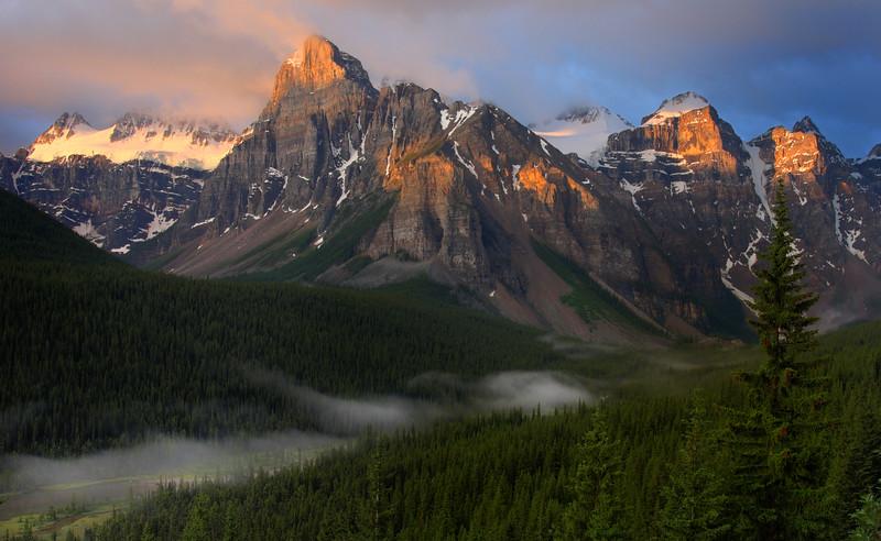 Valley of the Ten Peaks, Alberta