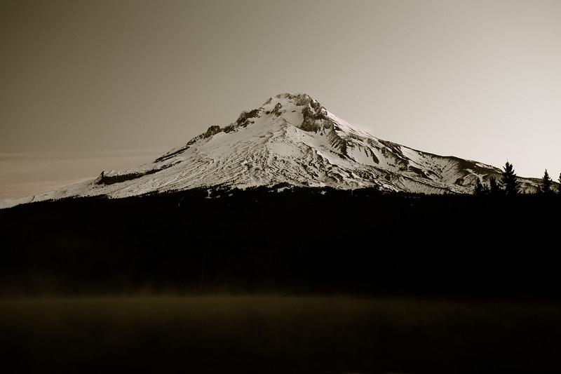 Trillium Lake 092417-1