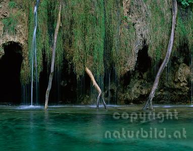 GF-1073 - Rauracke Wasserfall Plitvitze - 1