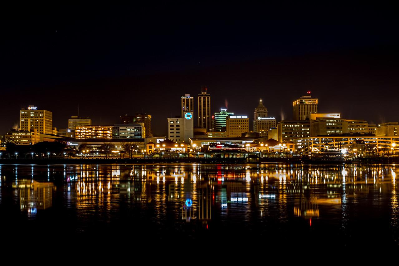 Peoria skyline at night
