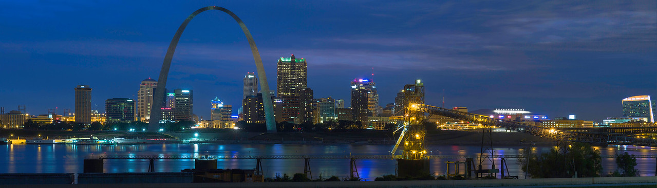 St Louis skyline - No border