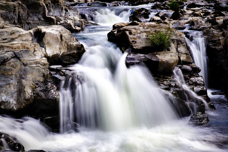 Moulton and Lucia Falls 100217-91