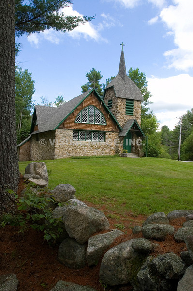 A stone Episcopal Church in New London, NH. (c) Tom Croke/Visual Image Inc.