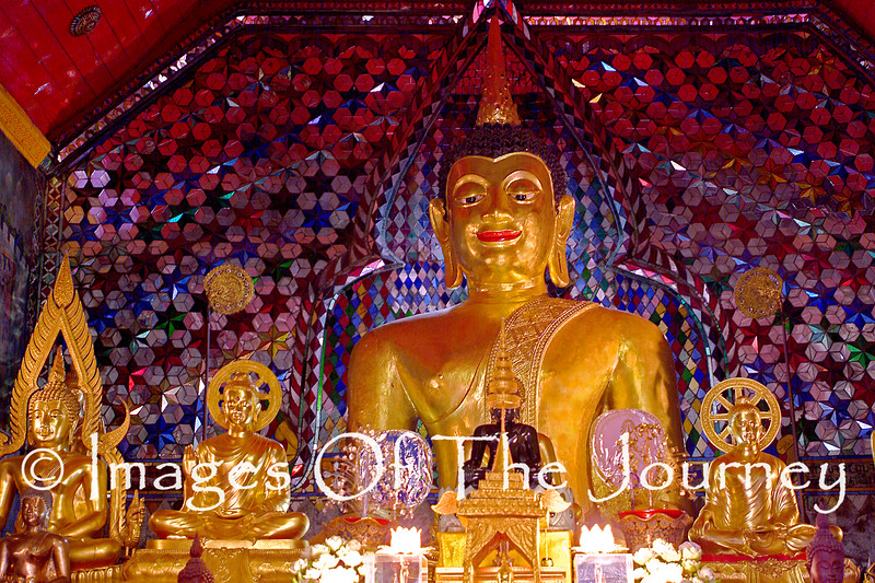Buddha in the Wat Doi Suthep above Chaig Mai