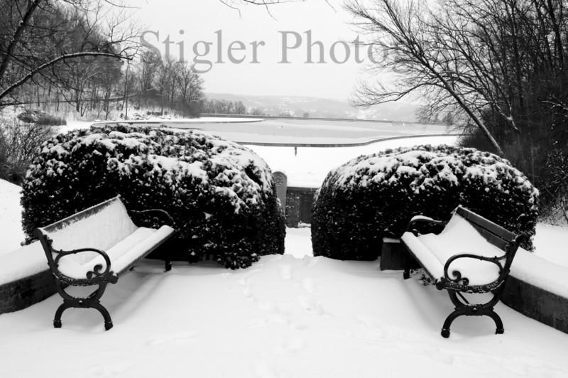 Snow in Eden Park, Cincinnati, Ohio