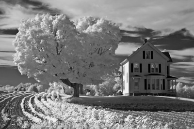 Brown Spring Farmhouse in Infrared, West Newbury, MA