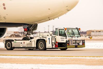 BI - Delta 12-20-17 RobertEvansImagery com -02047