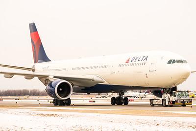 BI - Delta 12-20-17 RobertEvansImagery com -02045