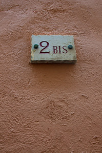 """2 BIS"" -- Doors and Windows in Spain, Italy and France"