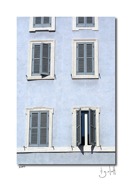 Windows, Rome