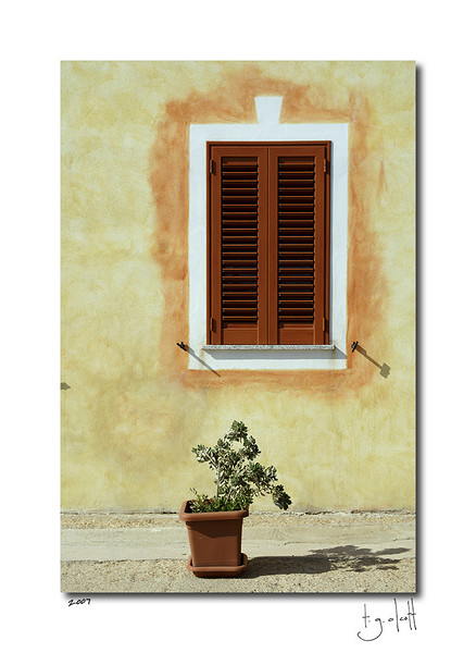 Sidewalk, La Maddalena