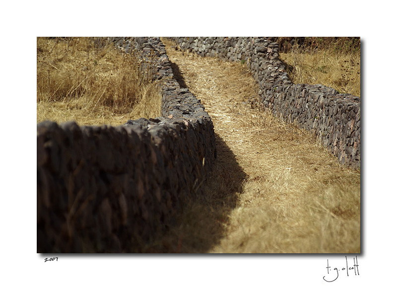 Stone Walls, Western Coast